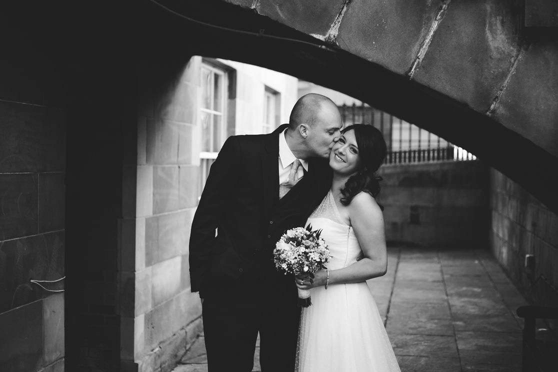 Intimate Glasgow City Wedding \\ Sarah & Gavin