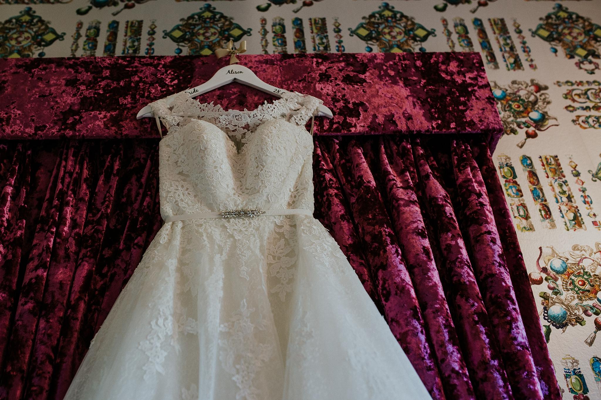 Mark_Alison_Pollockshields_Burgh_Hall_Wedding-2.JPG
